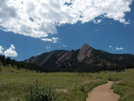 Trailheads for many popular hikes are located at Chautauqua Park.