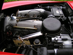 M121 engine in a 190SL.