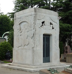 Toscanini's family tomb at the Monumental Cemetery of Milan in 2015