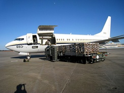 USAF C-40A Clipper being loaded