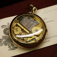 Pocket watch with musical movements