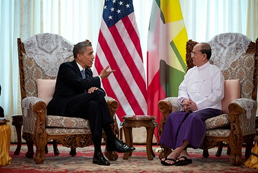 President Obama meets with the President of Myanmar, Thein Sein in Yangon, November 19, 2012