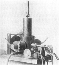 Poulsen's first arc converter, from 1903