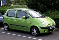 The Chery QQ (left) and Daewoo Matiz (right)