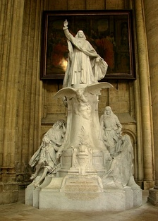 20th-century statue of Bossuet, sculpted by Ernest Henri Dubois, on display in Meaux Cathedral