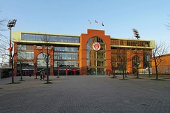 The new South Tribune of the Millerntor-Stadion, seen from Budapester Straße.