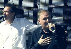 Orchestral Manoeuvres In The Dark 2011.jpg