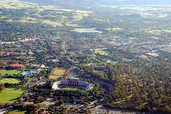 An aerial photograph of the center of the Stanford University campus in 2008.