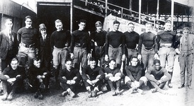 The Akron Pros won the first APFA (NFL) Championship.