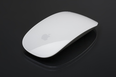 A wireless Apple mouse