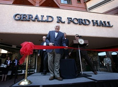 Vice President Cheney opens Gerald R. Ford Hall at the World Forum site in 2007.