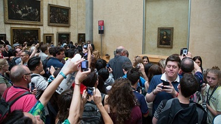 2014: Mona Lisa is among the greatest attractions in the Louvre.