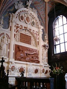 Grand Duke Stephen Báthory's tomb monument in the Wawel Cathedral with Vytis (Pahonia)