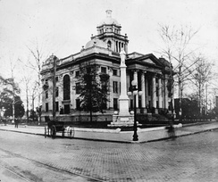 The Old Lowndes County Courthouse as it appeared around the early 1900s.