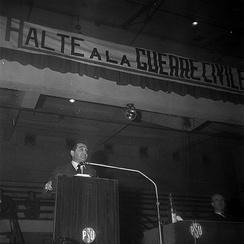 Mendès France, against the Algerian War during a PSU meeting in January 1962.