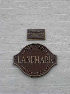 An alternate series of plaques. Buildings on the National Register are often listed in local historic societies as well.