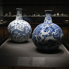 Porcelain wares, such as those similar to these Yongle-era porcelain flasks, were often presented as trade goods during the 15th-century Chinese maritime expeditions. (British Museum)