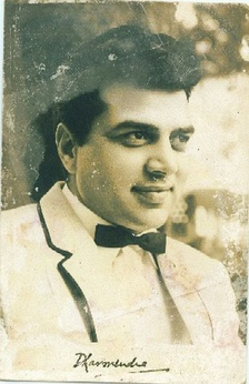 Dharmendra in his early years