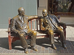 Allies (1995) by Lawrence Holofcener, a sculptural group depicting Franklin D. Roosevelt and Churchill in New Bond Street, London.