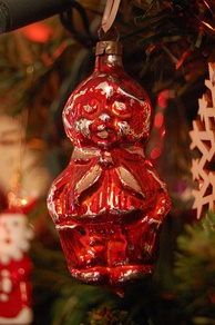 A teddy bear bauble purchased in England in 1959