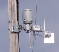 Neighborhood wireless WAN router on telephone pole