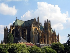 Metz Cathedral, France, was governed by a provost.