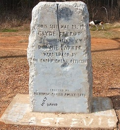 Souvenir hunters have ravaged several memorial stones at the rural ambush site.32°26′28″N 93°5′33″W / 32.44111°N 93.09250°W / 32.44111; -93.09250 (Site of Bonnie Parker and Clyde Barrow Ambush Monuments)
