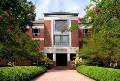 Earl Gregg Swem Library at The College of William & Mary in Virginia.