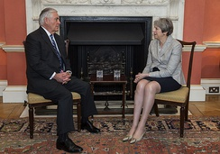 Theresa May held a meeting with Rex Tillerson at the Terracotta State Drawing Room, 2018