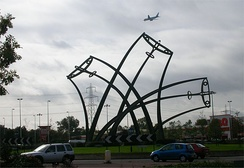 Sentinel by Tim Tolkien near the wartime Spitfire factory at Castle Bromwich
