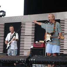 Clapton (left) and actor Bill Murray kicking off the Crossroads Guitar Festival, Illinois on 27 July 2007
