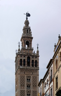 View of Giralda from cathedral.