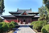 The Longxing Temple in Hebei (Zhengding, China), completed in 1052 AD