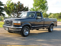 1993 Ford F-150, with dual fuel tanks