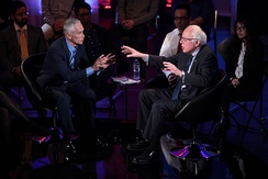 Sanders speaks with Jorge Ramos at the January 2016 Brown & Black Presidential Forum in Iowa