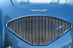 Healey's signature grille fanned out forthe Austin-Healey 100
