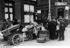 Refugees at Cambrai in September 1918