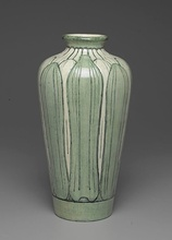 Newcomb Pottery. Vase, 1902–1904. Brooklyn Museum