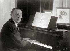 Rachmaninoff at the piano (1936 or before)