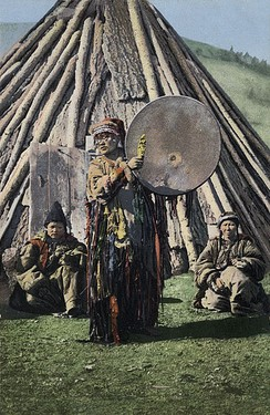 An Altai Kizhi or Khakas shaman woman – her exact origin cannot be ascertained from the image alone. Early 20th century.[67]