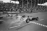 Richie Ginther, Jim Clark, and Graham Hill at the race start