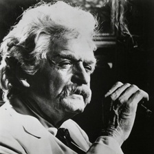 Holbrook performing as Twain at the University of Houston