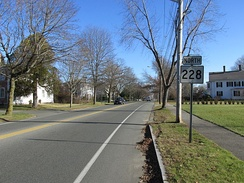 Route 228 northbound in Hingham