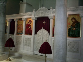 Icon screen in Constantinopolitan style reconstructed for SS. Forty Martyrs Church at Veliko Tarnovo (Bulgaria)