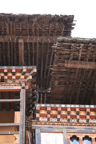 Roof construction at Tongsa dzong.