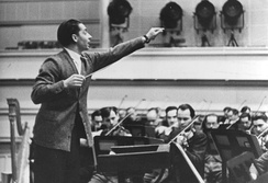 Herbert von Karajan conducting in 1941