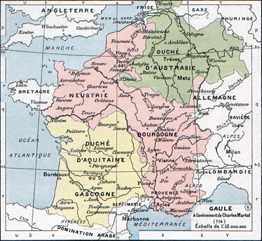 The Frankish kingdoms at the time of the death of Pepin of Heristal (714). Aquitaine (yellow) was outside Arnulfing authority and Neustria and Burgundy (pink) were united in opposition to further Arnulfing dominance of the highest offices. Only Austrasia (green) supported an Arnulfing mayor, first Theudoald then Charles. The German duchies to the east of the Rhine were de facto outside of Frankish suzerainty at this time.
