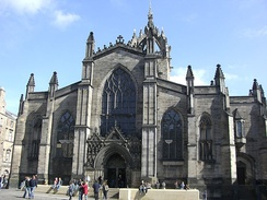 The High Kirk of Edinburgh, where Knox served as minister from 1560 to 1572[80]