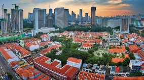 Kampong Glam was the 56-acres home of Malay royalty from 1824. Conserved as a historic area, it includes the Masjid Sultan Mosque and the Malay Heritage Centre.