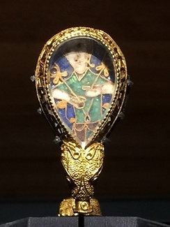 The Alfred Jewel, in the Ashmolean Museum, Oxford, commissioned by Alfred.